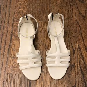 Cole Haan white leather sandals shoes 7.5